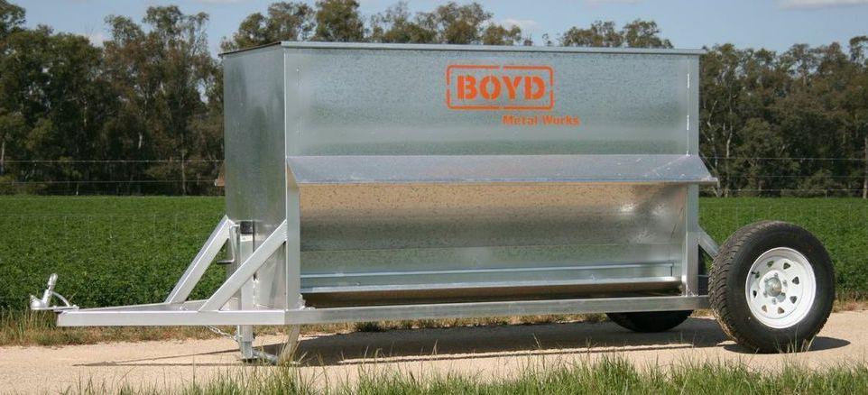 Boyd Towable Sheep Feeder